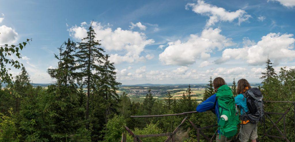 Modellprojekt-Qualitätssteigerung und Besucherlenkung Wandern, Mountainbike und Trekking in den Naturparken Fichtelgebirge und Steinwald. Foto: Tourismuszentrale Fichtelgebirge/Florian Manhardt.